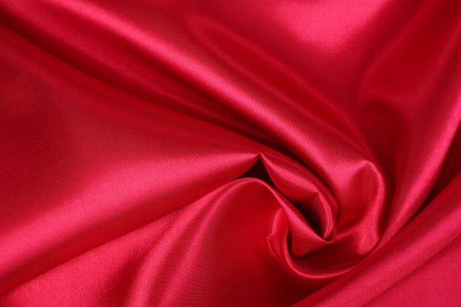 Satyna w kolorze ciemnoczerwonym  0141/440