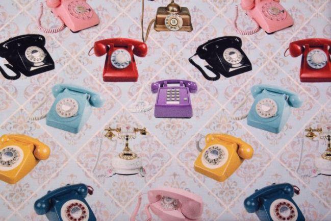 Tkanina dekoracyjna z cyfrowym nadrukiem telefonów 1336/051