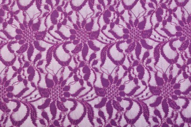 Koronka w kolorze fioletowym PE7