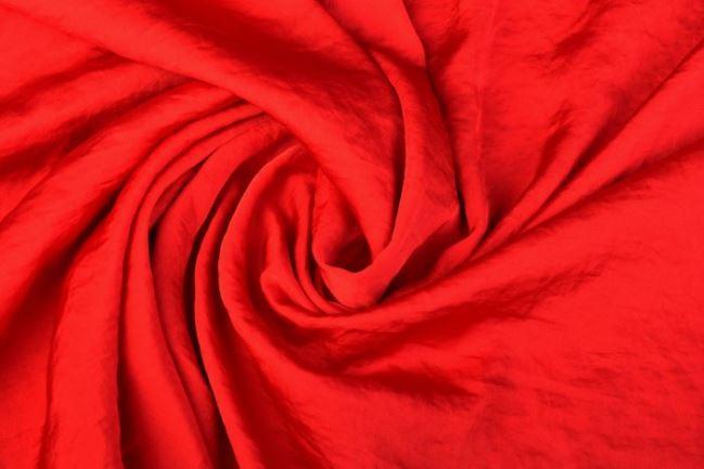 Sztuczny jedwab w kolorze czerwonym 0296/425