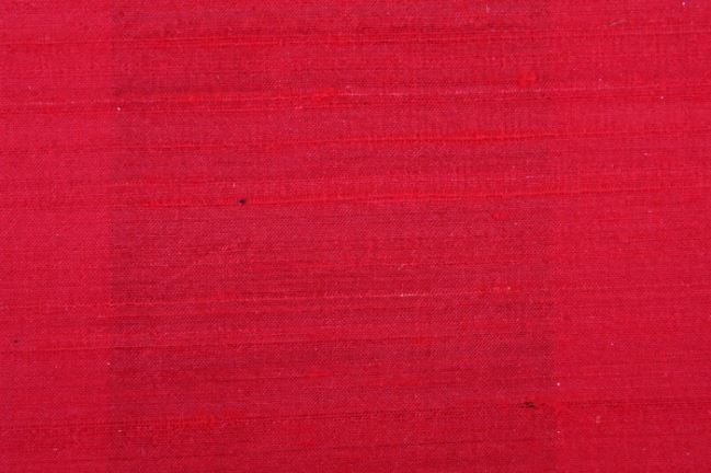 Jedwab Dupion w kolorze czerwonym 04797/015